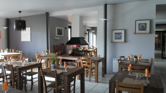 2013_0205restaurant0004@640x360
